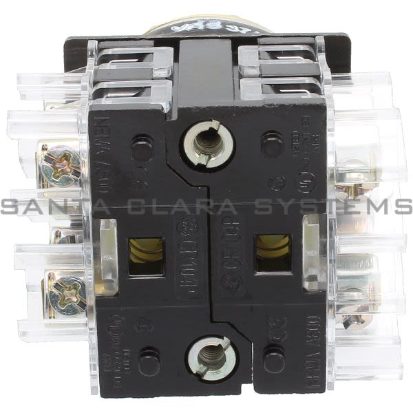 General Electric CR104PSM21B92 Lever Operated Selector Switch Oiltight Heavy Duty Product Image